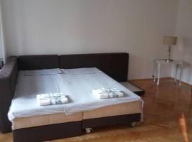 Hotel photo: New apartment at main city square in Skopje