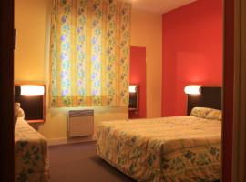 Hotel Photo: La Tour Brette