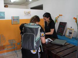 A picture of the hotel: Los Panas Hostel