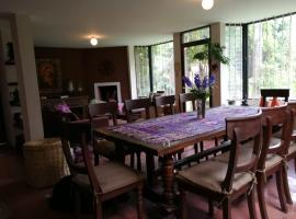 Hotel photo: Antigua home with garden and volcanos views