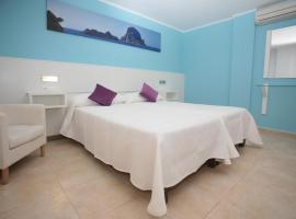 Hotel photo: Hostal Costa Blanca