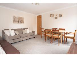 Hotel photo: Luxury and spacious flat for 6 in the city centre