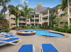 Hotel photo: Surfers Beach Holiday Apartments