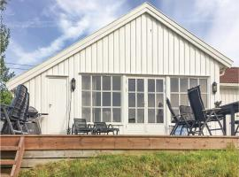 Hotel photo: Holiday home Kongshavn Østre Tromøyvei
