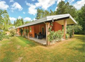 Hotel photo: Three-Bedroom Holiday Home in Ronde
