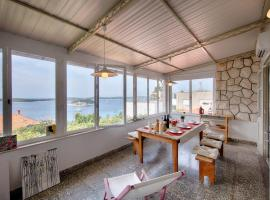 Hotel photo: Apartment Hvar 14197a