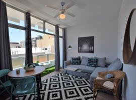 Hotel photo: Chic with Queen Bed in Downtown