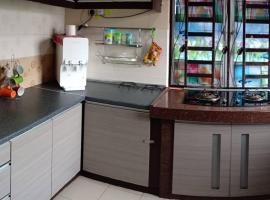 Hotel photo: Cherating Chantique Homestay