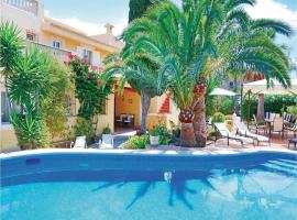 Hotel photo: Holiday home Calle de Randa