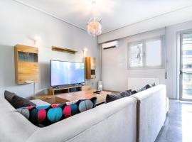 Hotel Photo: Luxurious 2bedroom flat near Athens center
