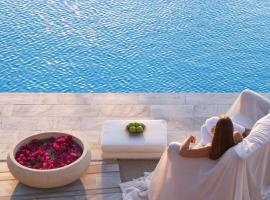 Hotel Photo: Yria Island Boutique Hotel & Spa