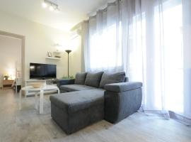Hotel photo: Lux modernised apartment close to Aristotelous sQ