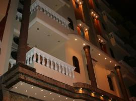 Hotel near Luxor Intl airport : Eye Of Horus House