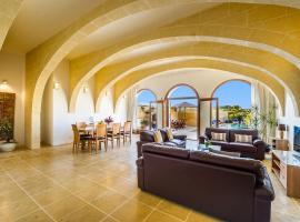 Hotel Photo: Four Winds Holiday Home