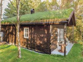 Hotel Photo: Two-Bedroom Holiday Home in Kvalavag
