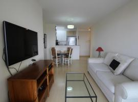 Hotel photo: GoHouse Carvalho SP 1409