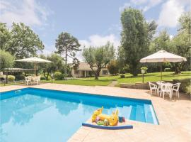 Hotel photo: Seven-Bedroom Holiday Home in Bracciano RM