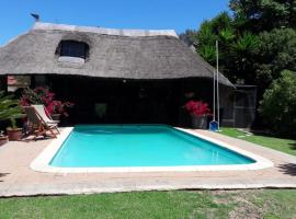 Hotel Photo: Feathers Guest House