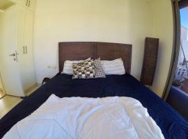 Hotel photo: Charming 3BD Flat In the heart of Rothschild Blv