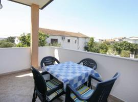 Hotel photo: Apartment in Rogoznica with Terrace, Air conditioning, Wi-Fi (4427-1)