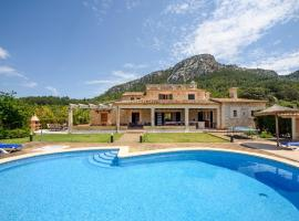 Hotel foto: Pollenca Villa Sleeps 8 Pool Air Con WiFi