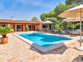 Hotel photo: s'Horta Villa Sleeps 8 Pool Air Con WiFi