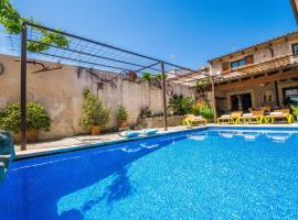 Hotel kuvat: sa Pobla Villa Sleeps 8 Pool Air Con WiFi