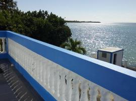 Hotel Photo: Ponce Seafront Holiday Home
