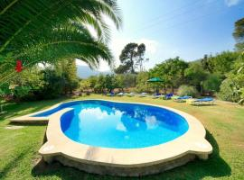 Hotel foto: Pollenca Villa Sleeps 8 Pool Air Con