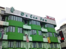 Hotel Photo: Hotel De Eco Inn Taman Bayu