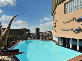 A picture of the hotel: Protea Hotel by Marriott Johannesburg Parktonian All-Suite