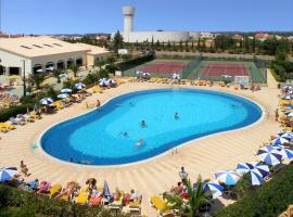 Hotel Photo: Oasis Parque Country Club