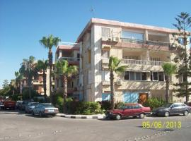 Hotel near Kafr ad Dawwār: Maamoura Beach Family Apartment 1
