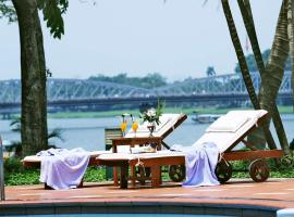 Hotel Photo: Century Riverside Hue