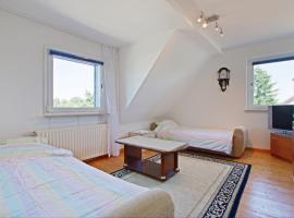ID 6293 | Private Apartment