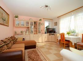 ID 6287 | Private Apartment