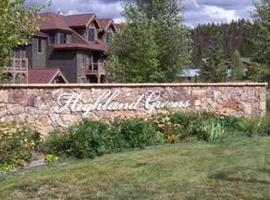 Hotel Photo: Highland Greens by Peak Property Management