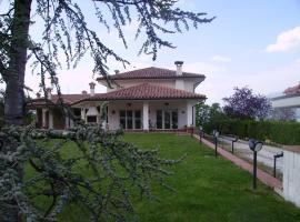 Hotel Photo: Villa Linda Bed And Breakfast