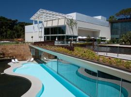 Hotel Photo: Martinhal Lisbon Cascais Family Resort Hotel