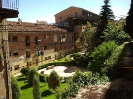 Hotel Photo: Hostal Residencia Taray