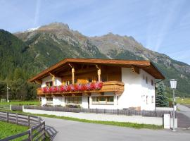 Hotel Photo: Alpenheim Lina