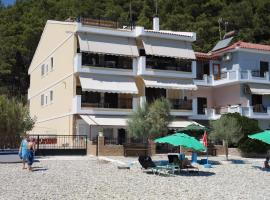 Hotel photo: Avlakia Beach Studios & Apartments