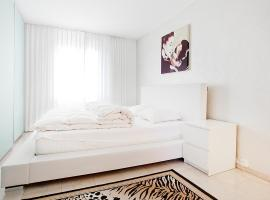 Junior Suite Apartment by Livingdowntown Zürich Switzerland