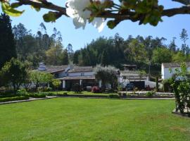 Hotel Photo: Quintal De Alem Do Ribeiro-Turismo Rural