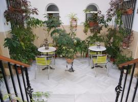 Hotel Photo: Hostal Alcazar I