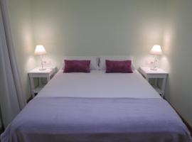 A picture of the hotel: Hostal Petit Príncep