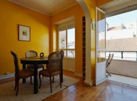 Hotel photo: Feels Like Home - Ajuda - Low Cost Apartments