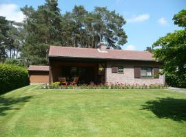 Hotel Photo: Holiday Home La Pinede Keerbergen