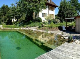Hotel photo: 4 Star Garden Apartments Luzern