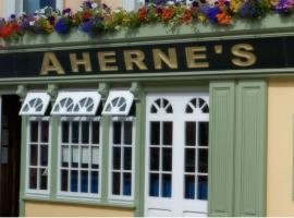 Hotel Photo: Aherne's Townhouse Hotel and Seafood Restaurant